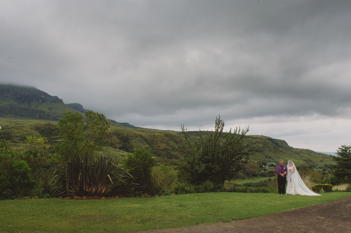 Berendine & Thiaart, Drakensburg, wedding -17